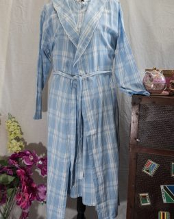 FRENCH COUNTRY ROBE  - FCM103